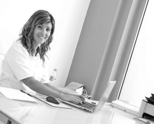 Ana Checa, nutricionista en Petrer. Consulta de Dietética y Nutrición Alicante.